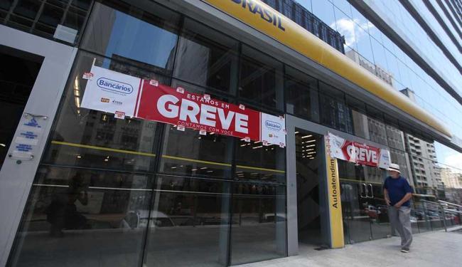 Greve começou no dia 6 de setembro - Foto: Raul Spinassé | Ag. A Tarde