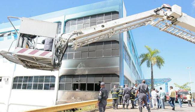 Causas do incêndio não foram divulgadas pela faculdade - Foto: Edilson Lima | Ag. A TARDE