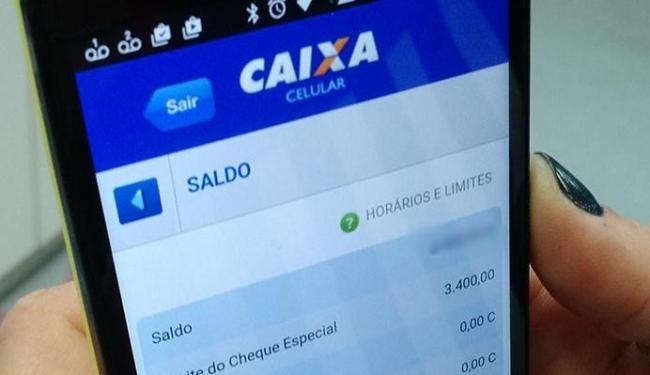 As transações bancárias pelo mobile banking cresceram 138% em 2015 ante 2014 - Foto: Juracy dos Anjos | Ag. A TARDE