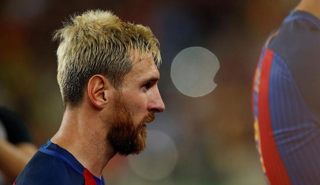 Messi sofreu uma contusão na coxa esquerda - Foto: Albert Gea | Reuters