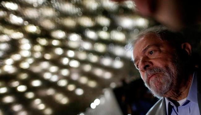 Gravações indicam que o casal Lula orientou as reformas no apartamento do Guarujá - Foto: Ueslei Marcelino | Reuters | 29.08.2016