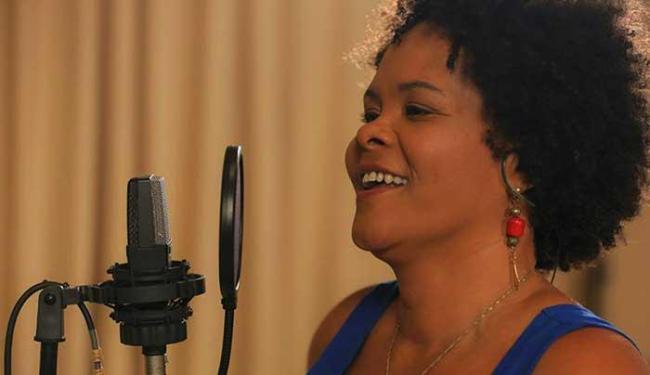 Cantora vai passear pelo repertório da carreira e músicas que gosta - Foto: Divulgação