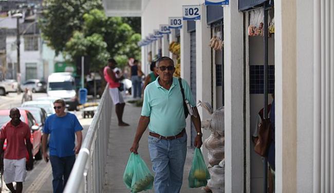 Novo mercado tem 12 boxes com balcões frigoríficos - Foto: Raul Spinassé l Ag. A TARDE