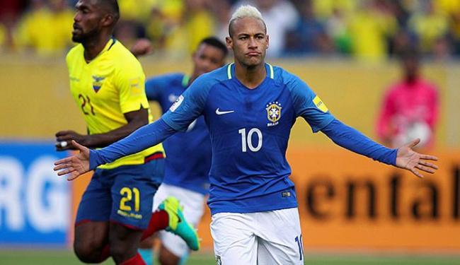 Neymar cobrou pênalti com perfeição e fez o primeiro gol do Brasil - Foto: Guillermo Granja l Ag. Reuters