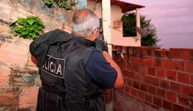 As prisões são resultado da operação de combate ao tráfico de drogas em Salvador e RMS - Foto: Alberto Maraux   SSP/BA