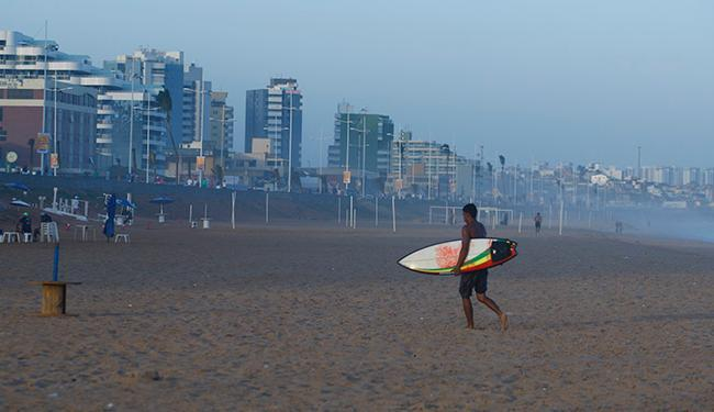 Praia de Armação está entra as não indicadas para banho - Foto: Fernando Vivas | Ag. A TARDE