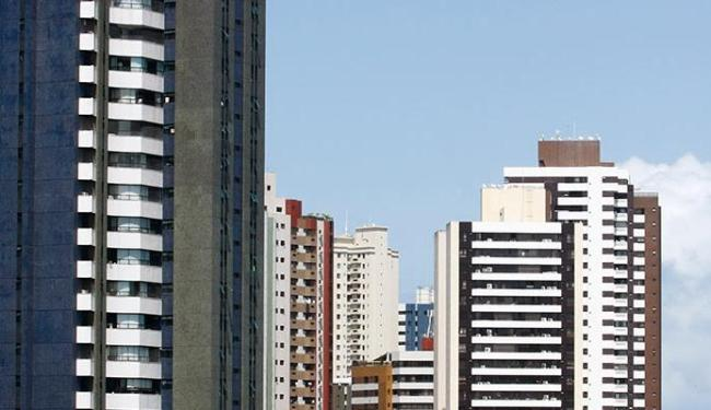 A crise econômica estagnou o mercado imobiliário - Foto: Iracema Chequer   Ag. A TARDE   30.8.2016