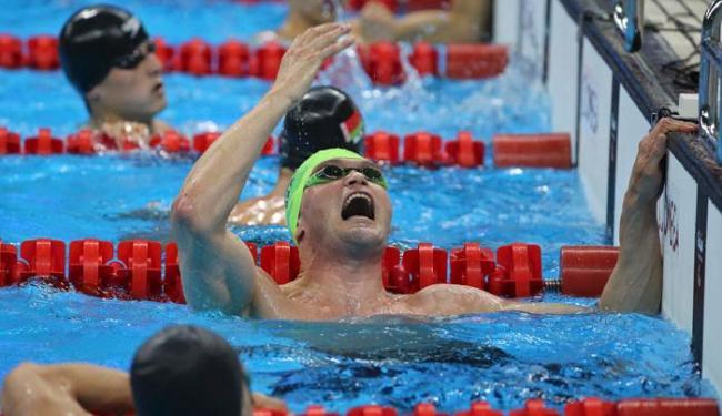 Carlão fez o tempo de 24.17s para carimbar o segundo lugar e ficar com a prata - Foto: Sergio Moraes | Reuters