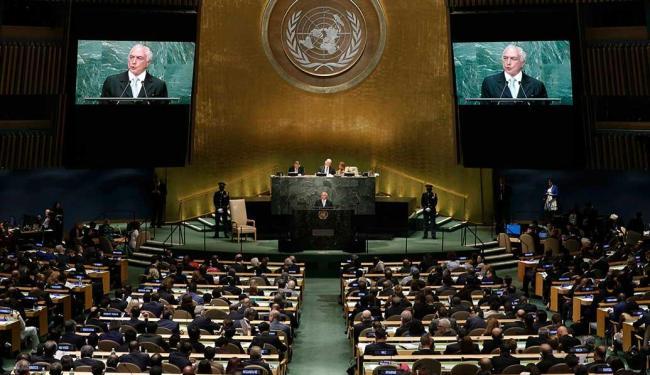 Representantes de seis países saíram do plenário - Foto: Mike Segar | Reuters