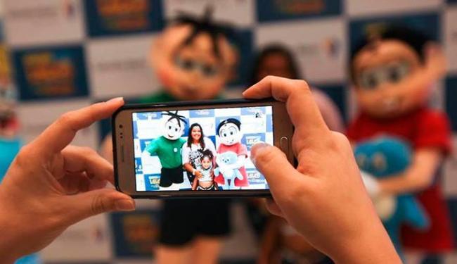 Mônica e Cebolinha vão tirar fotos com a criançada - Foto: Divulgação