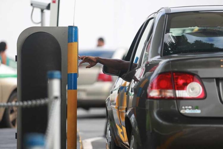 Projeto de Lei uer aumentar a permanência mínima de veículos em até 45 minutos - Foto: Joá Souza | Ag. A TARDE