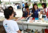 Terceira edição da Parada do Livro atrai público à praça Dois de Julho | Foto: