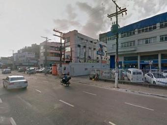 O SAMU prestou os primeiros socorros as vitimas no local do acidente - Foto: Reprodução | Google