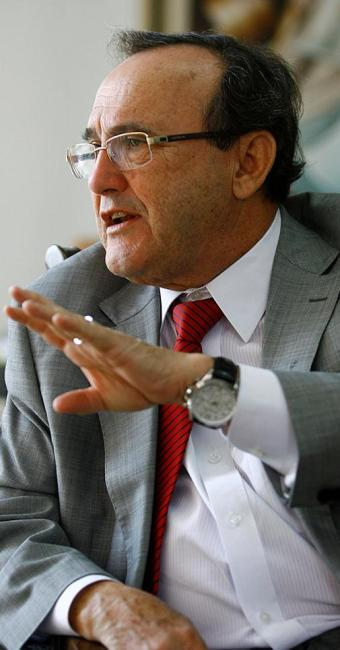 Carlos Andrade: