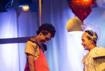 'Para o Menino-Bolha' realiza curta temporada no Teatro Vila Velha