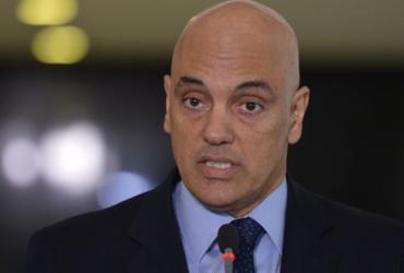 Moraes acompanha voto de Fachin contra suspensão de denúncia de Temer