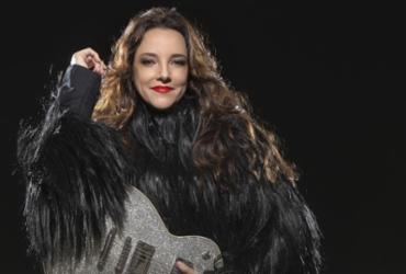 """""""Quero ver meus fãs baianos fazendo festa"""", diz Ana Carolina, que faz show na Concha"""
