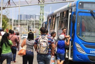 Linhas de ônibus são reforçadas para verão de Salvador