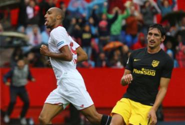 Sevilla vence confronto direto com o Atlético de Madrid e assume ponta provisória