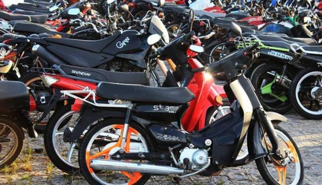 O documento será obrigatório para motos de 50 cilindradas, a partir de 1º de novembro - Foto: Divulgação