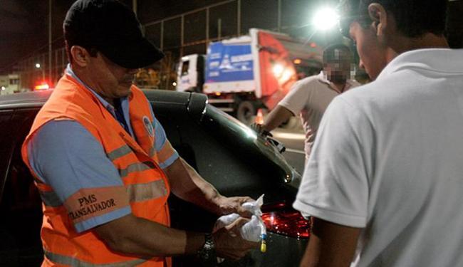 Valor subirá para R$ 2.934,70 e o motorista ainda terá a carteira de habilitação suspensa - Foto: Adilton Venegeroles l Ag. A TARDE l 18.9.2014