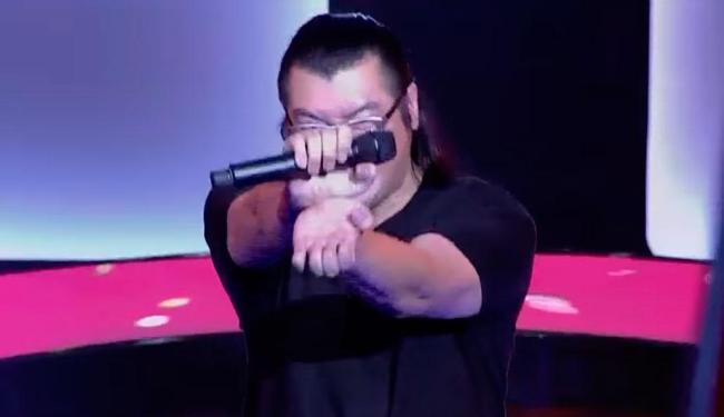 O cantor ainda soltou um Kamehameha no final da apresentação - Foto: Reprodução