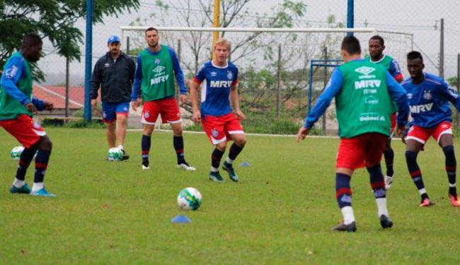 Atletas do Bahia finalizam preparação para jogo desta terça em treino tático em Londrina - Foto: Felipe Oliveira | EC Bahia