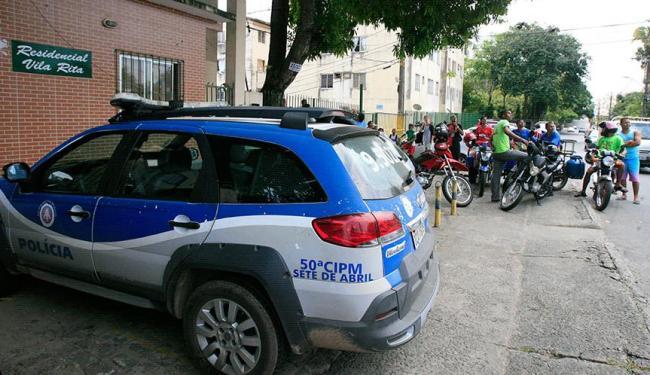 Crime aconteceu dentro de condomínio fechado - Foto: Edilson Lima | Ag. A TARDE