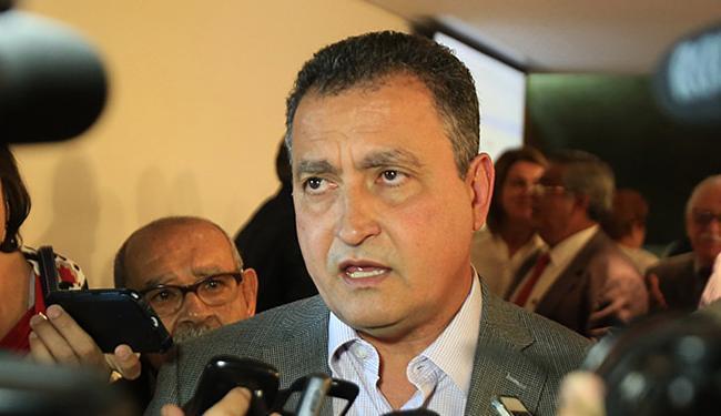 Governador disse ainda que está a disposição da sociedade e autoridades - Foto: Joá Souza l Ag. A TARDE