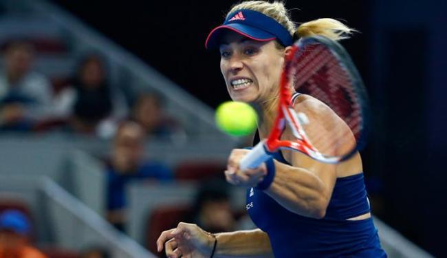 Kerber, número 1 do mundo, venceu sem dificuldade e avançou de fase - Foto: Thomas Peter | Reuters