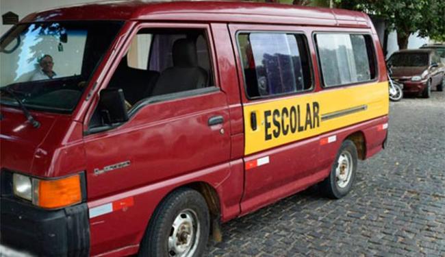 Van transportava eleitores da zona rural para Brumado - Foto: Lay Amorim | Brumado Notícias