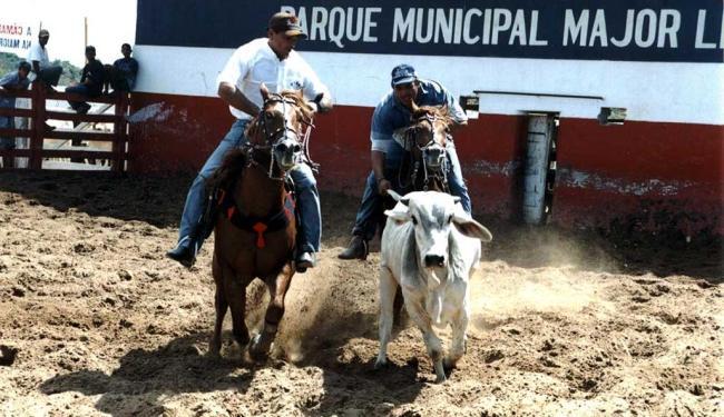 A prática foi considerada ilegal porque foi relacionada a maus-tratos a animais - Foto: Divulgação   Prefeitura Formosa do Rio Preto