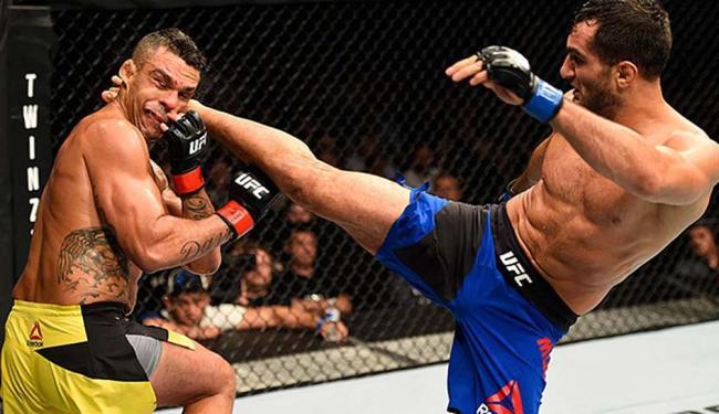 Vitor Belfort perdeu para o iraniano naturalizado holandês Gegard Mousasi - Foto: Divulgação | UFC