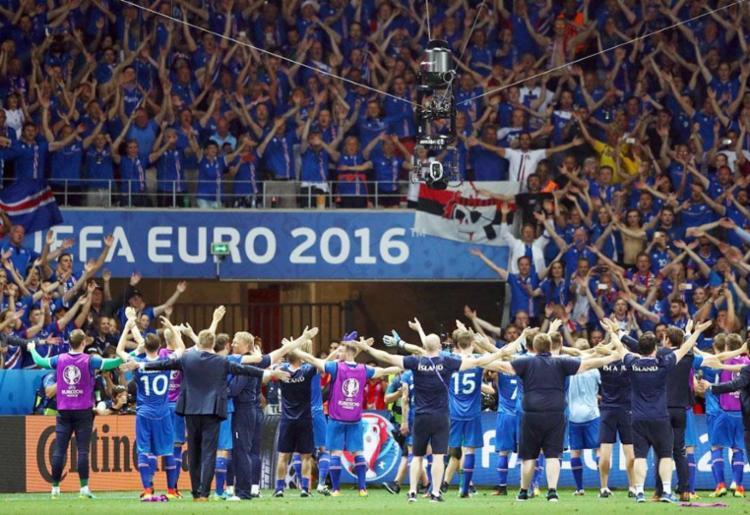 Fifa recua e adia decisão sobre voto da torcida em eleição do melhor do ano - Foto: Reuters
