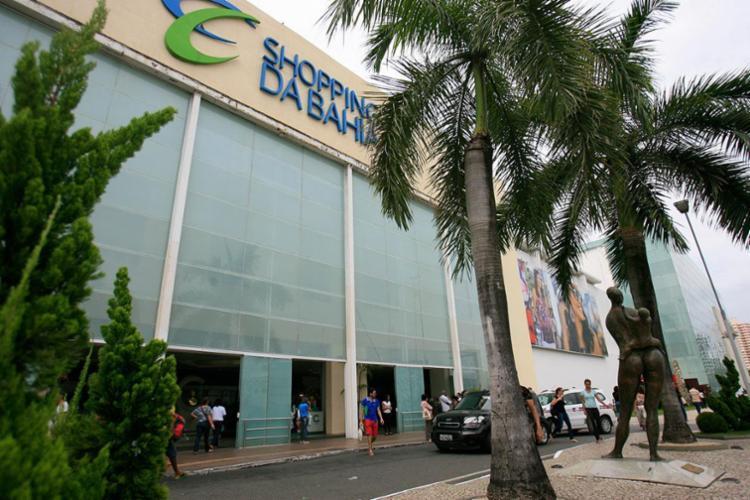 Praças de alimentação e cinemas estarão abertos no feriado - Foto: Joá Souza | Ag. A TARDE