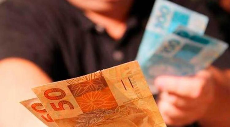 Mais de 2 milhões de trabalhadores serão beneficiados - Foto: Marcos Santos | USP Imagens