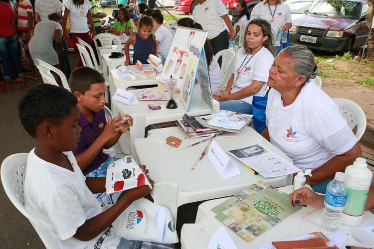 A garotada teve acesso no local a diversos serviços - Foto: Xando Pereira l Ag. A TARDE