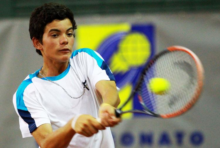 Natan vai estrear na classe 16 anos em busca de pontos na ITF - Foto: Gabriel Heusi l Divulgação