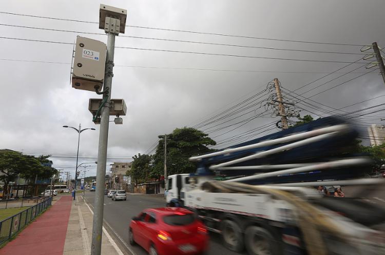 Av. Barros Reis é uma das áreas de restrição da cidade - Foto: Joá Souza l Ag. A TARDE