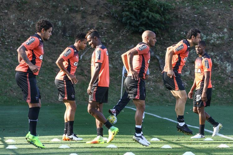 Jogadores do Galo treinam para a partida de hoje, contra o Juventude. Fred (2º à direita na foto) será substituído por Lucas Pratto - Foto: Bruno Cantini l Clube Atlético Mineiro