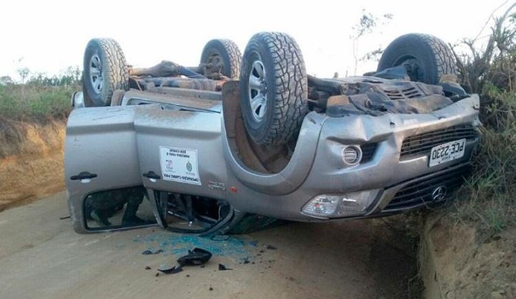Por conta do acidente, duas pessoas ficaram feridas - Foto: Reprodução | Blog Marcos Frahm