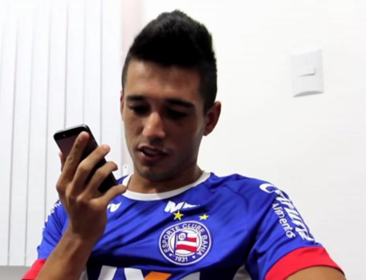 Juninho foi um dos jogadores que ligaram para os sócios - Foto: EC Bahia / Reprodução vídeo Youtube