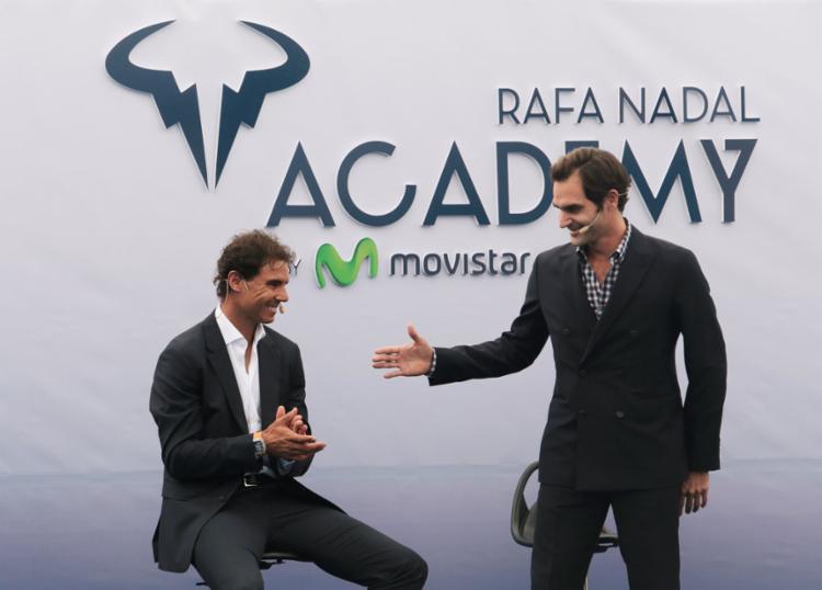 Federer marcou presença na inauguração da academia de Nadal na Espanha - Foto: Enrique Calvo   Reuters