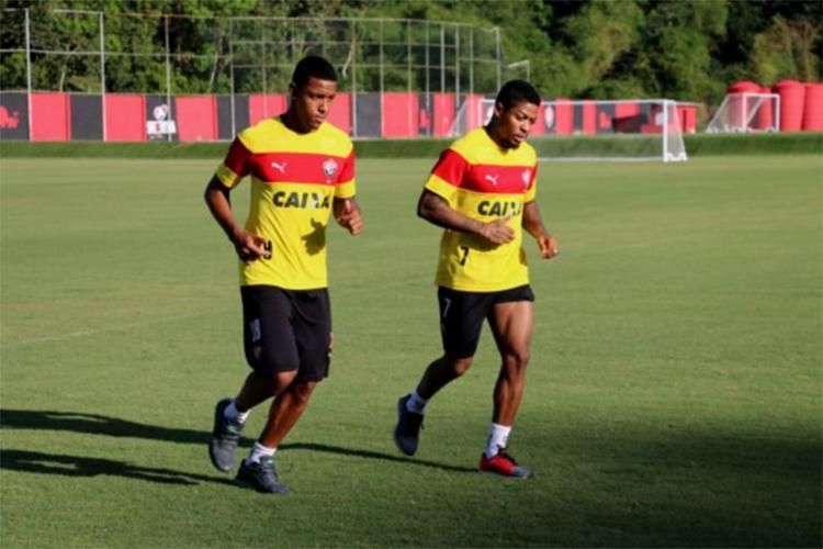Marinho (D) e David buscam recuperar a forma ideal após suas respectivas lesões - Foto: Francisco Galvão l EC Vitória l Divulgação