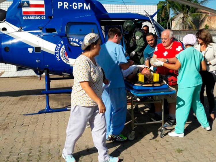 A ciclista foi levada ao hospital no helicóptero da Polícia Militar - Foto: Divulgação