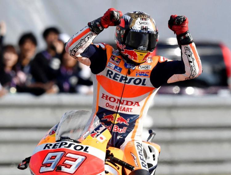 Marquez caiu da moto na prova deste sábado - Foto: Kyodo | Reuters