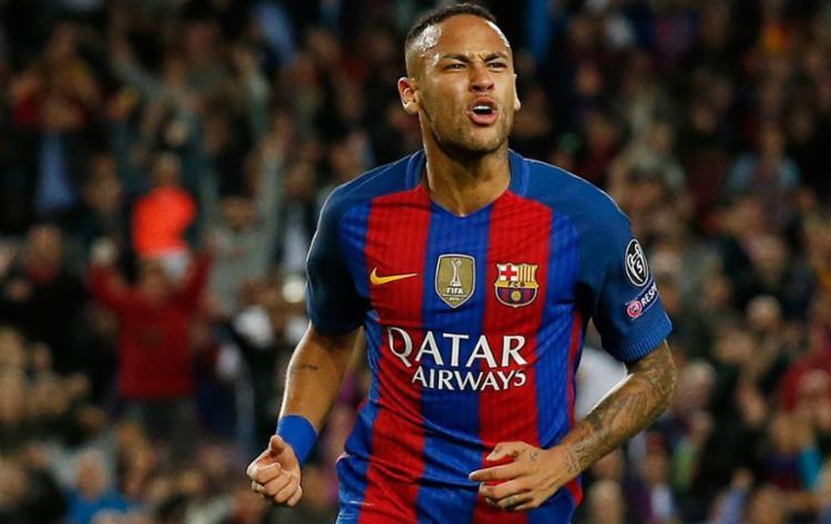 Neymar está mais uma vez entre os 30 indicados - Foto: Albert Gea | Reuters
