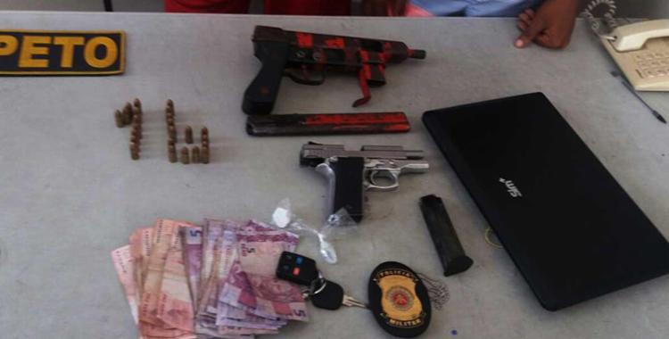 Material apreendido com homens na Calçada - Foto: Ascom   Polícia Militar