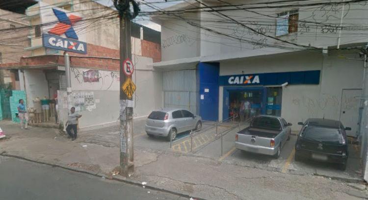 Bandidos arrombaram caixas eletrônicos da agência da Caixa Econômica - Foto: Reprodução   Google Maps
