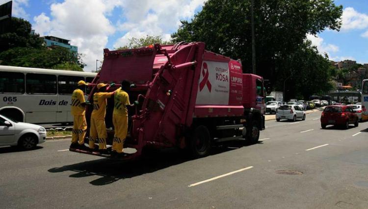 Serviços essenciais como limpeza serão mantidos - Foto: Edilson Lima | Ag. A TARDE